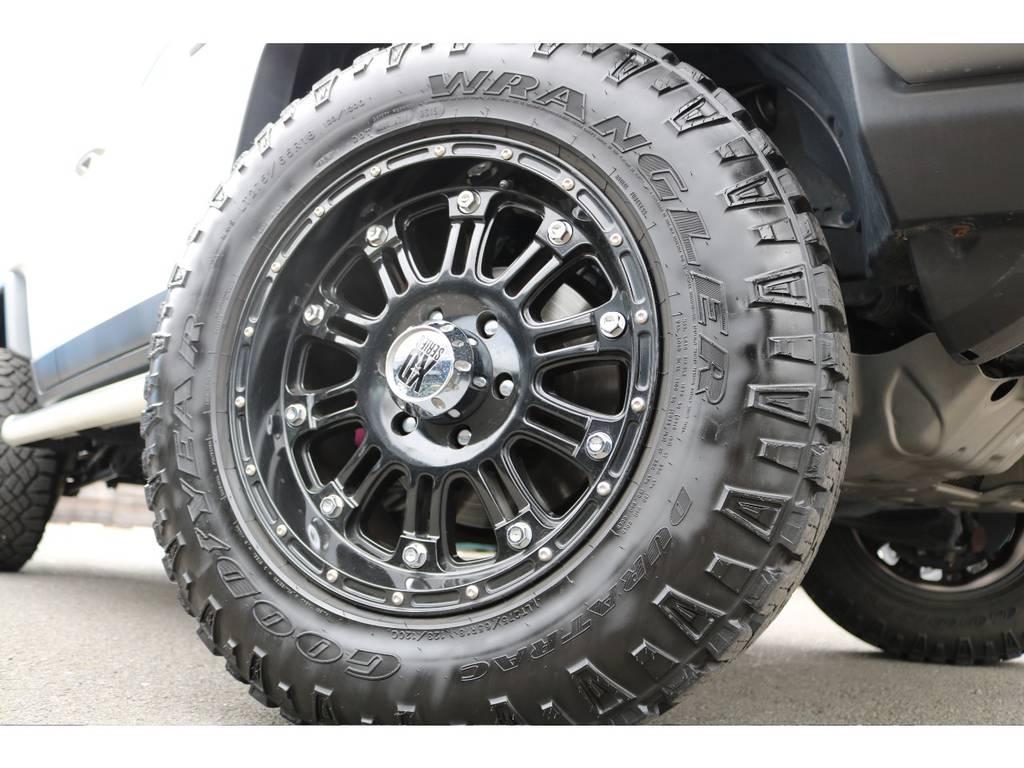 KMC18インチAW&GOODYEAR275MTタイヤが装着済! | トヨタ FJクルーザー  ベースグレード