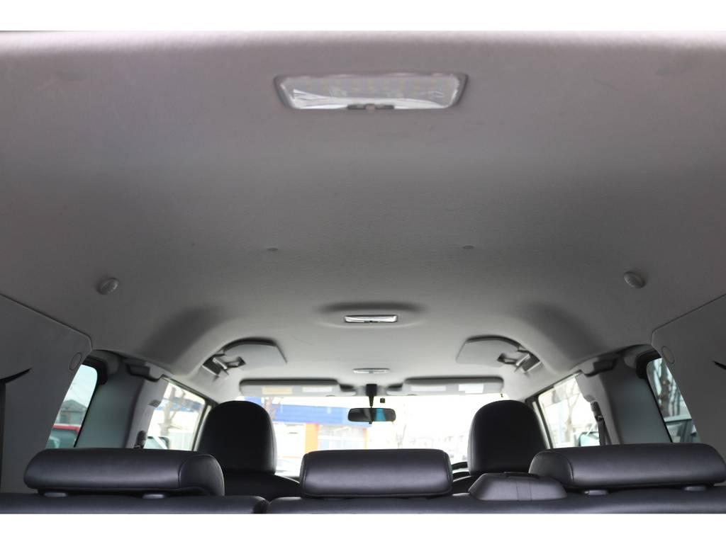 天張りも気になる目立つキズや黄ばみ等もなく綺麗な状態です! | トヨタ FJクルーザー  ベースグレード