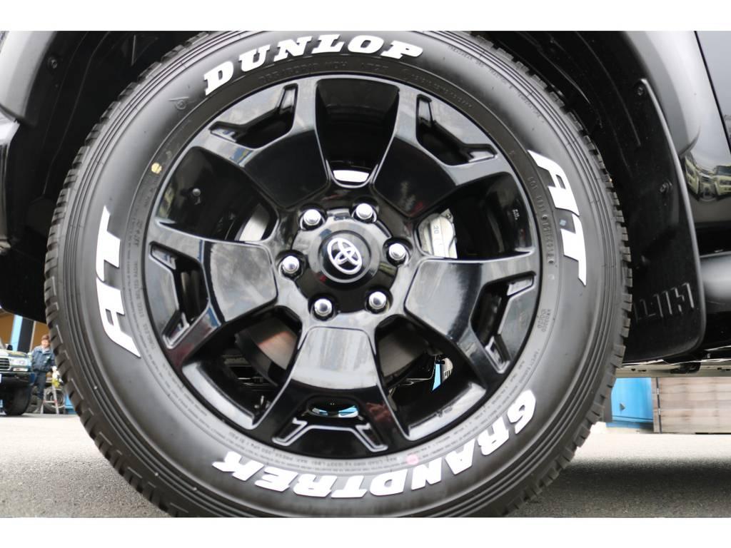 専用18インチAW&タイヤ!こちらも特別仕様車としての所有感を感じさせます! | トヨタ ハイラックス 2.4 Z ブラック ラリー エディション ディーゼルターボ 4WD