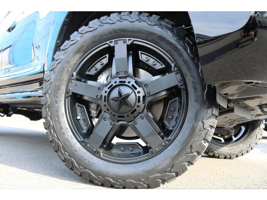 新品装着のロックスターⅡ20インチAWに、BFグッドリッチ285ATタイヤの足元! | トヨタ ランドクルーザー200 4.6 AX 4WD