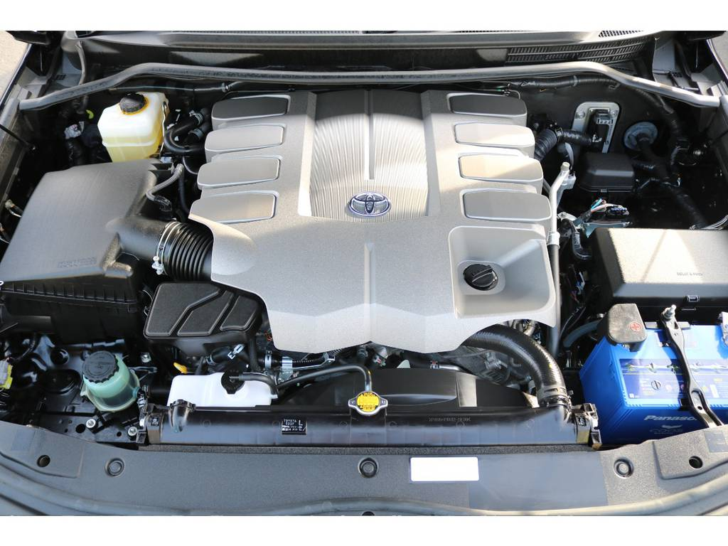 パワーと静寂性に優れたV8・4600ccエンジン!6速ATとの組み合わせです! | トヨタ ランドクルーザー200 4.6 AX 4WD