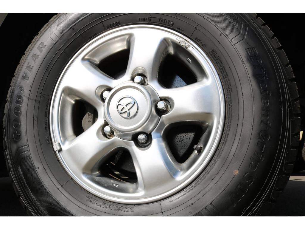 50thアニバーサリー用16インチAWの足元! | トヨタ ランドクルーザー100 4.7 VXリミテッド 4WD