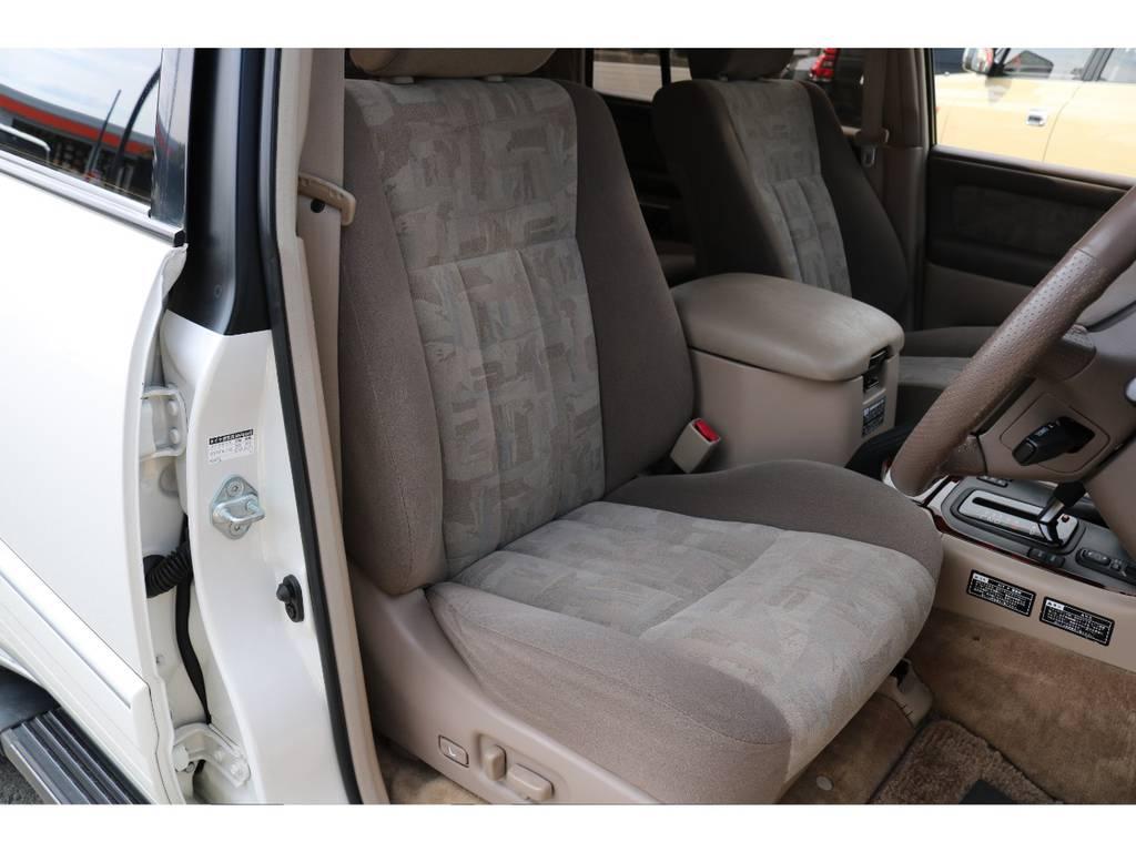 パワーシート&シートヒーター完備!キレイな状態を維持しております! | トヨタ ランドクルーザー100 4.7 VXリミテッド 4WD