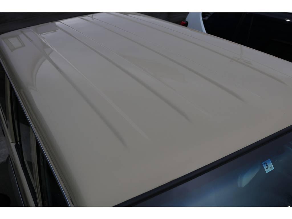 ルーフに凹み等も無く、文句の付け所がありません! | トヨタ ランドクルーザー70 4.0 4WD