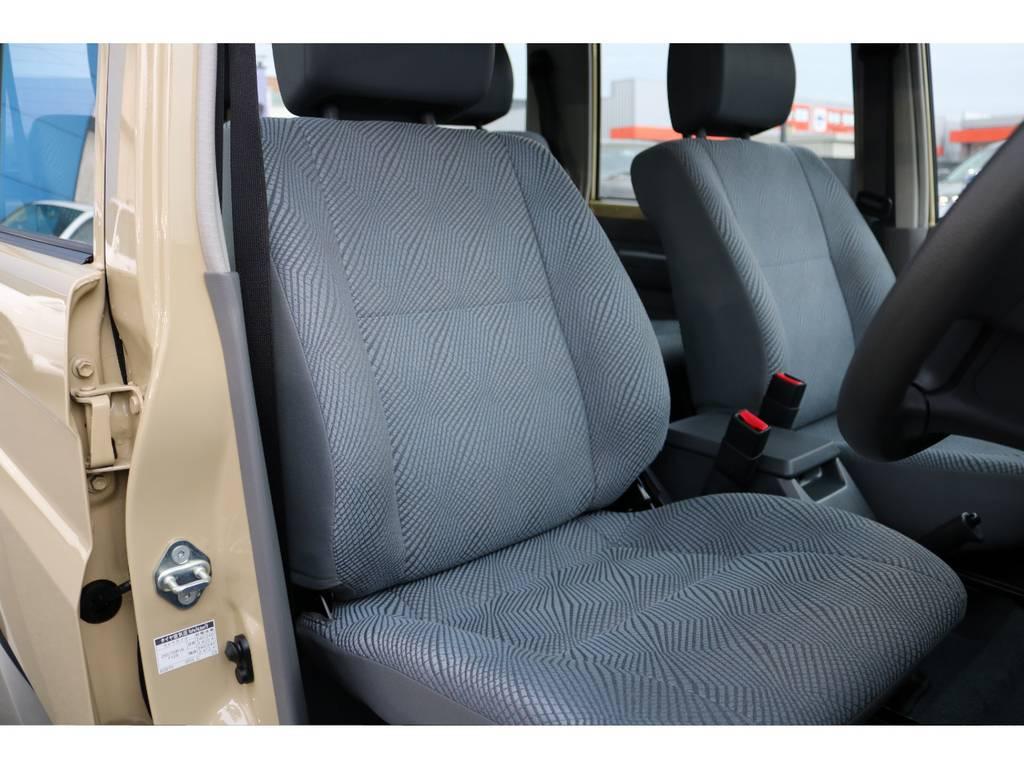 ご覧の通り状態の良さが伺えるシートコンディション! | トヨタ ランドクルーザー70 4.0 4WD