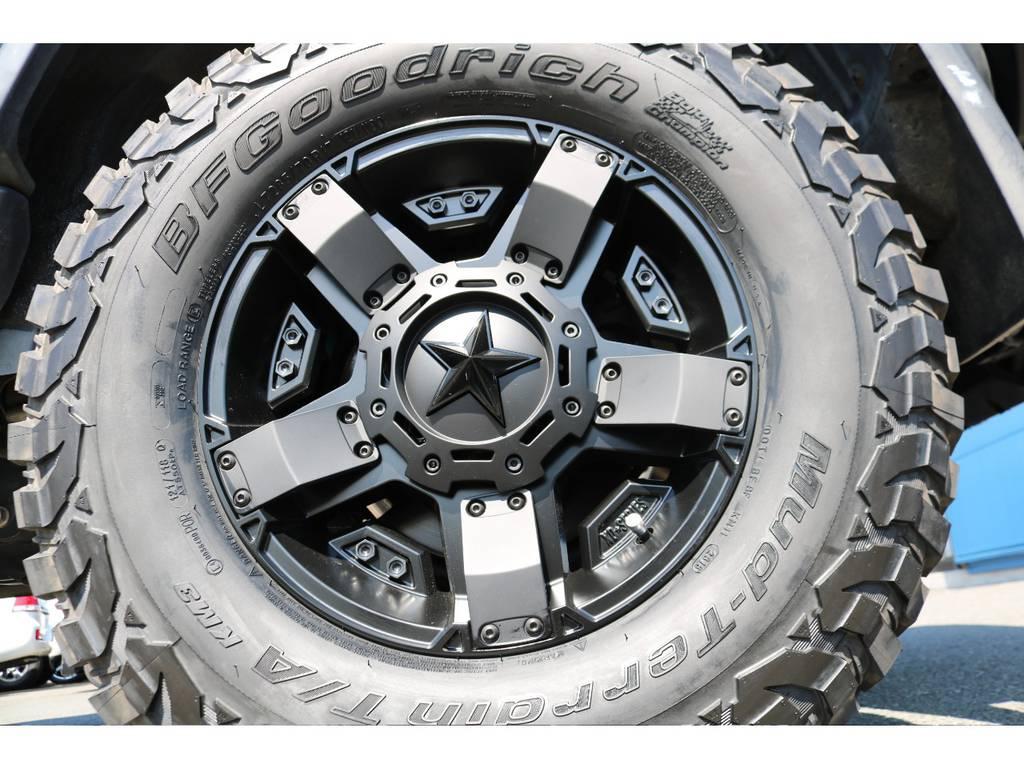 人気で高額なロックスターⅡ17インチAW!BFグッドリッチ285MTタイヤと組み合わせ! | トヨタ FJクルーザー 4.0 オフロードパッケージ 4WD