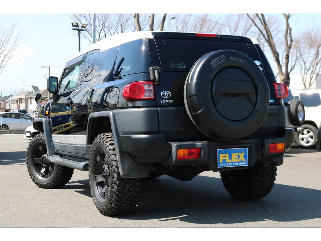 プライバシーガラスにリアワイパーのオプションも完備! | トヨタ FJクルーザー 4.0 オフロードパッケージ 4WD