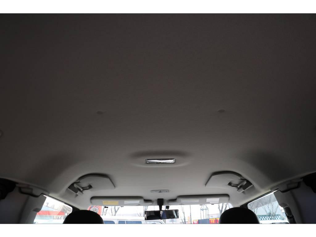 天張りもご覧の通り状態の良さが伺えます! | トヨタ FJクルーザー 4.0 オフロードパッケージ 4WD