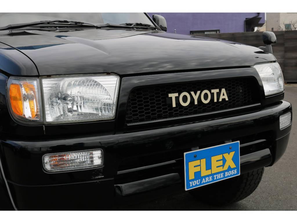 横文字のトヨタグリル装備!人気アイテムですね! | トヨタ ハイラックスサーフ 2.7 SSR-V ワイドボディ 4WD