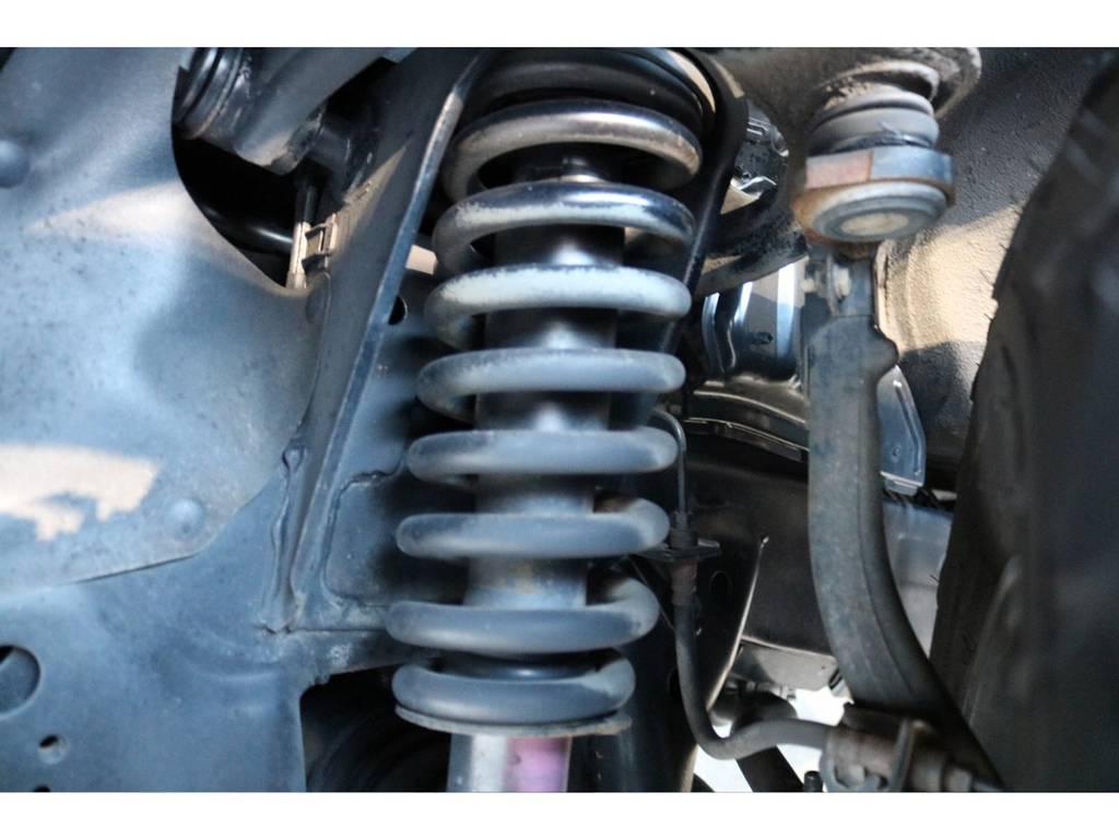ノーマルバネもご覧の通り綺麗な状態です! | トヨタ ランドクルーザープラド 2.7 TX リミテッド 4WD