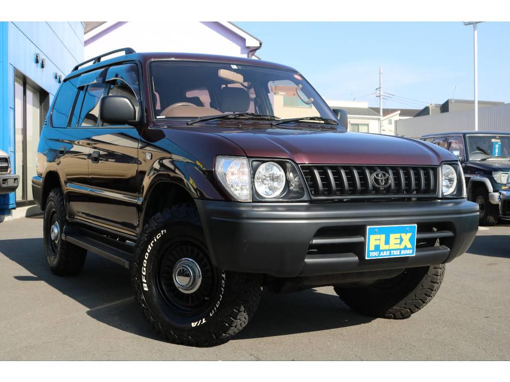 クラシックスタイルの絵になる一台、是非、ノーマル車両と比べて見て下さい! | トヨタ ランドクルーザープラド 2.7 TX リミテッド 4WD