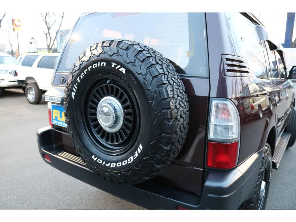 背面タイヤも交換済みの為、統一感があります! | トヨタ ランドクルーザープラド 2.7 TX リミテッド 4WD