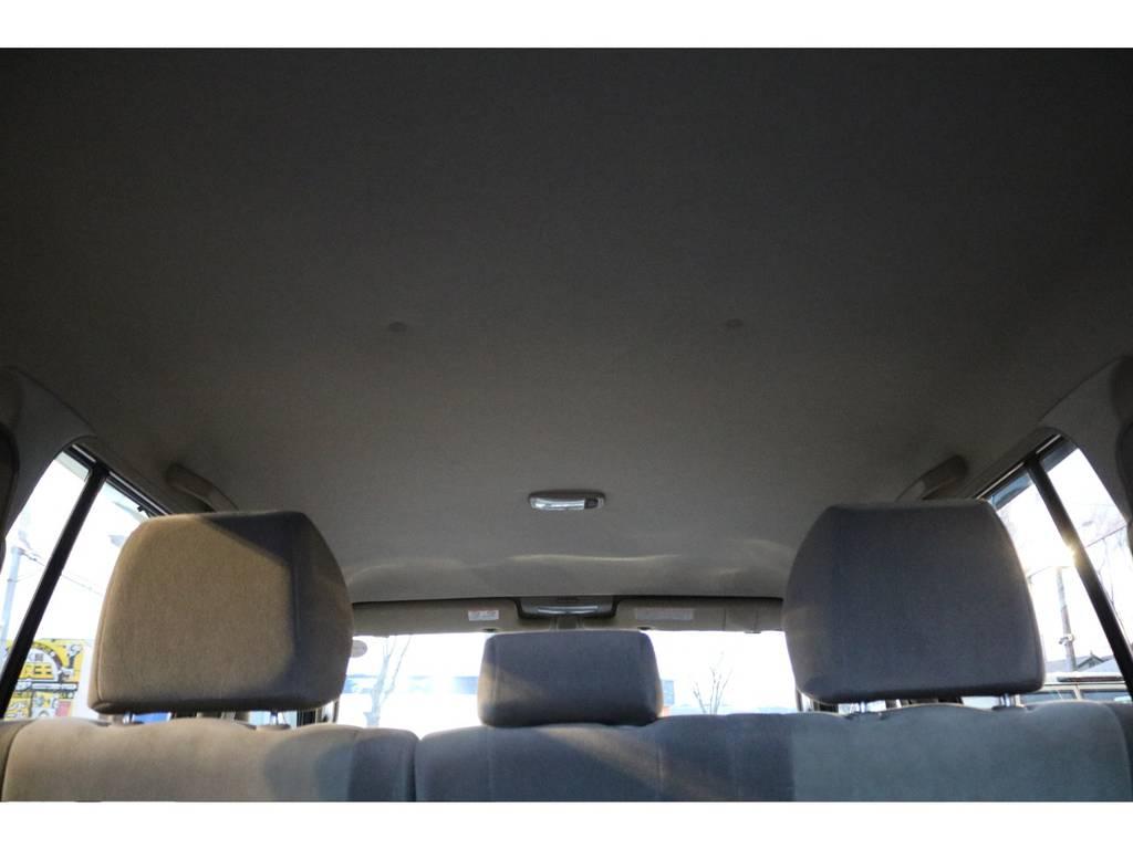 天張りも気になる汚れは見受けられません! | トヨタ ランドクルーザープラド 2.7 TX リミテッド 4WD
