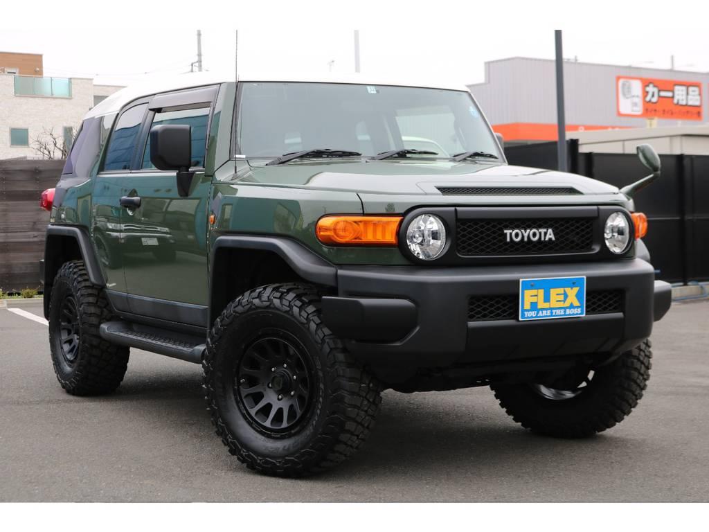 トレイル仕様のブラックアウター化!全体的に引き締まった印象になり、カッコ良いスタイルになりました! | トヨタ FJクルーザー 4.0 4WD