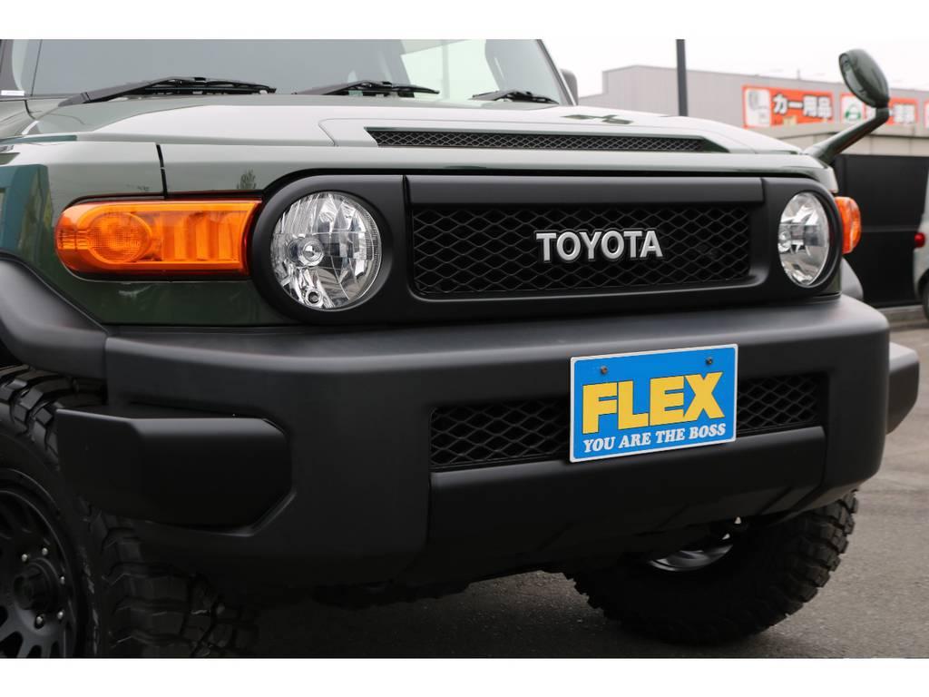 トレイル仕様ブラックアウター化をする事により、より無骨でワイルドなフロントフェイスに変わりました! | トヨタ FJクルーザー 4.0 4WD