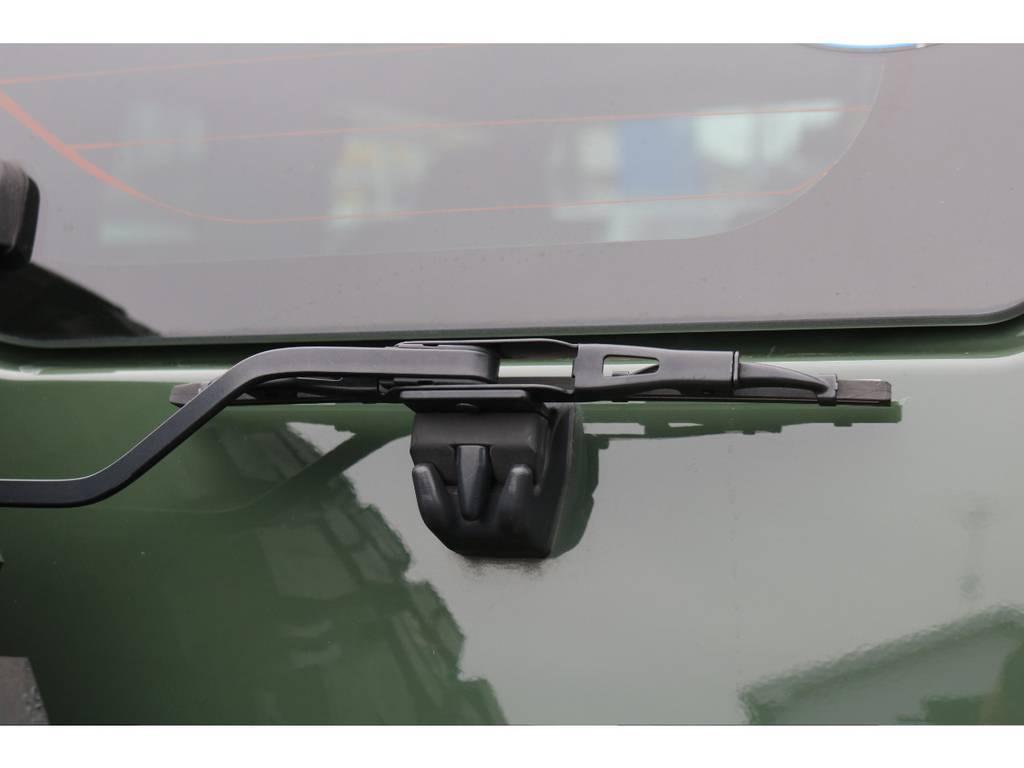 オプションのリアワイパーが装着済! | トヨタ FJクルーザー 4.0 4WD