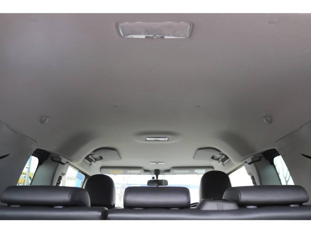 天井もご覧の通り綺麗な状態を維持しております! | トヨタ FJクルーザー 4.0 4WD