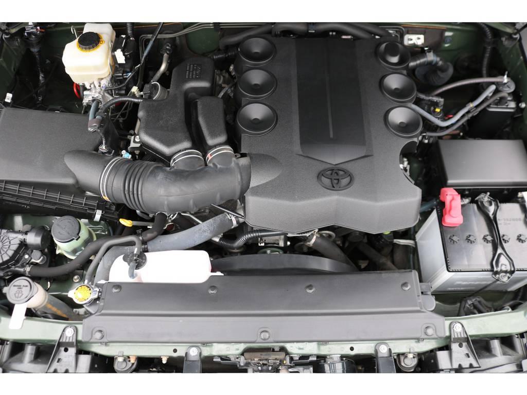V6・4000ccの1GRエンジン!見た目とは裏腹なパワフルな走りに、定評があります! | トヨタ FJクルーザー 4.0 4WD