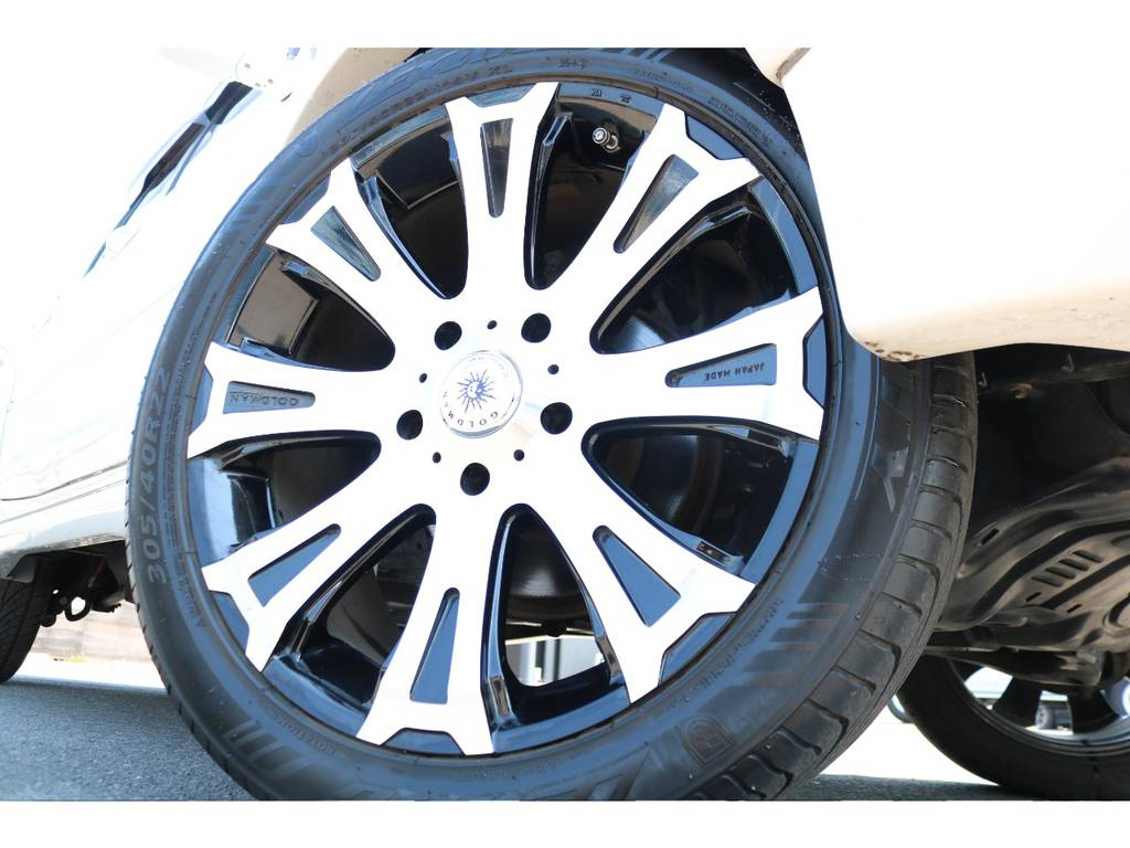 GOLDMAN CRUISE TITAN22インチAW!迫力の足元!! | トヨタ ランドクルーザー100 4.7 VXリミテッド 4WD