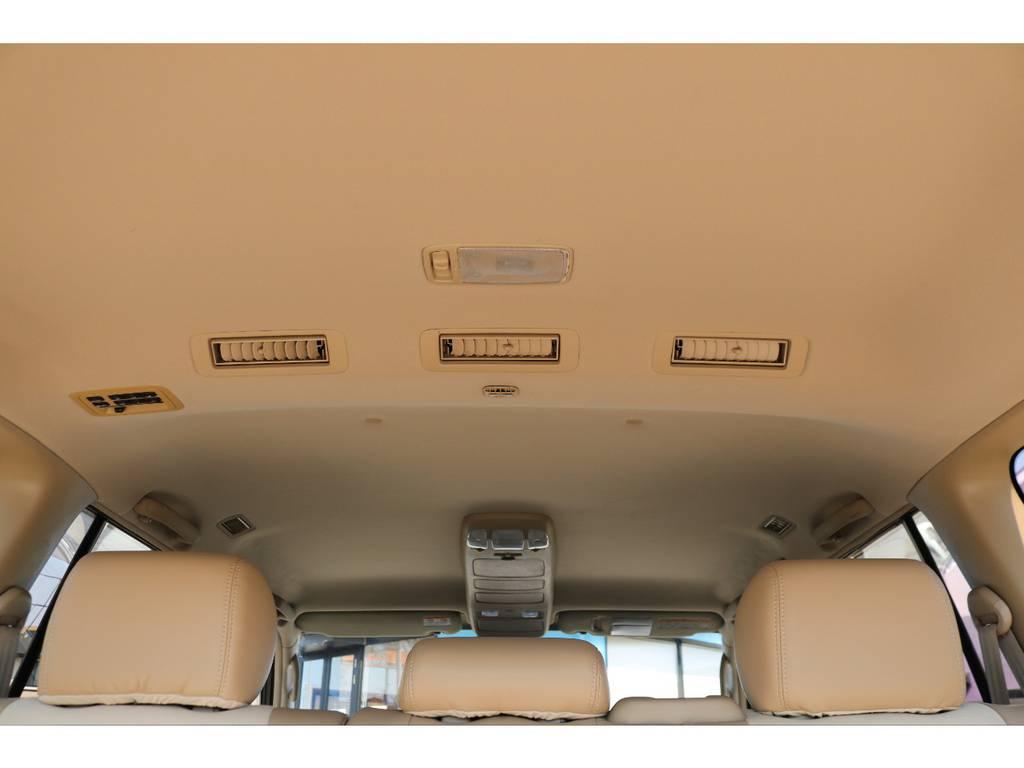 天張りもキレイな状態を維持しております! | トヨタ ランドクルーザー100 4.7 VXリミテッド 4WD