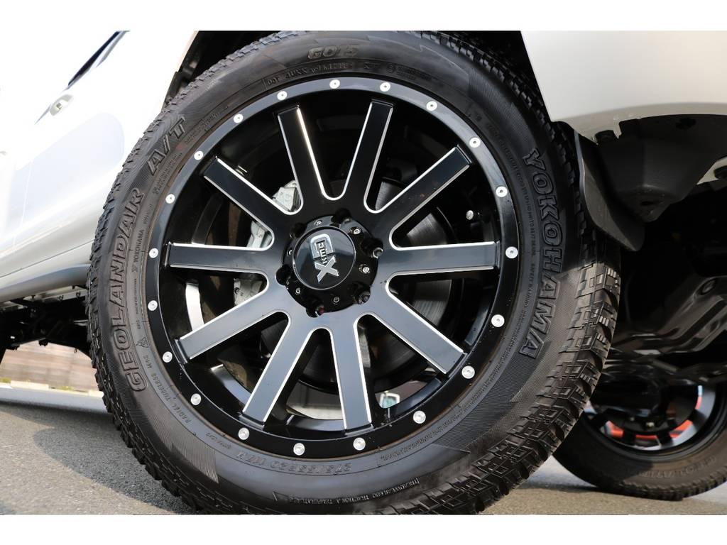 新品KMC20インチAW&YOKOHAMAジオランダー275ATタイヤをインストール!   トヨタ ランドクルーザープラド 2.8 TX ディーゼルターボ 4WD 7人