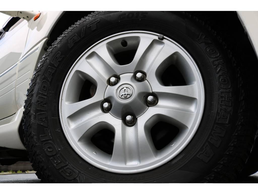 中期純正の17インチホイールにオールテレーンタイヤを装着! | トヨタ ランドクルーザー100 4.7 VXリミテッド Gセレクション 4WD