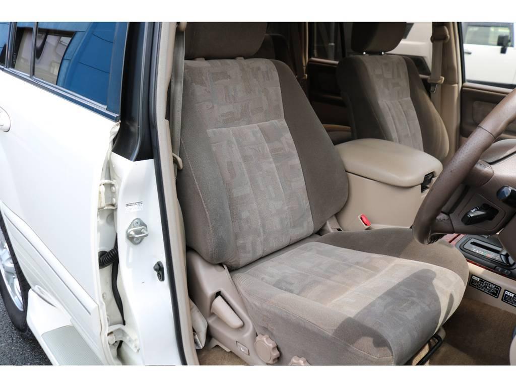 シートのコンディションも良好です! | トヨタ ランドクルーザー100 4.7 VXリミテッド Gセレクション 4WD