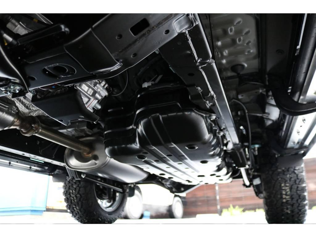 堅牢なラダーフレーム車!センターデフロック付きフルタイム4WDの、本格派な構造が特徴です! | トヨタ ランドクルーザープラド 2.7 TX Lパッケージ 4WD 7人