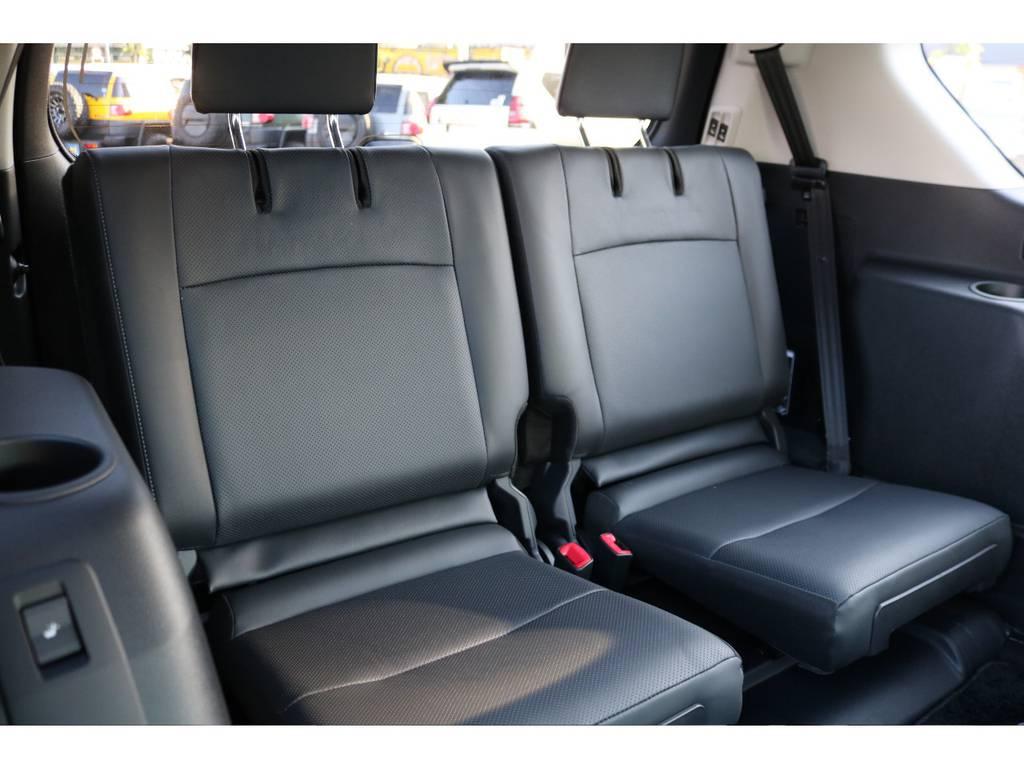 いざと言う時に便利な3列シートの7人乗り!TX-Lパッケージは、電動式となります! | トヨタ ランドクルーザープラド 2.7 TX Lパッケージ 4WD 7人