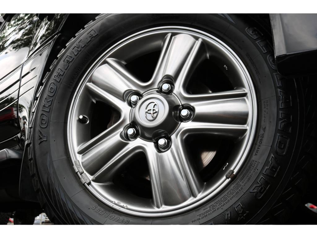 専用18インチAWが、上品なイメージですね! | トヨタ ランドクルーザーシグナス 4.7 インテリアセレクション 4WD