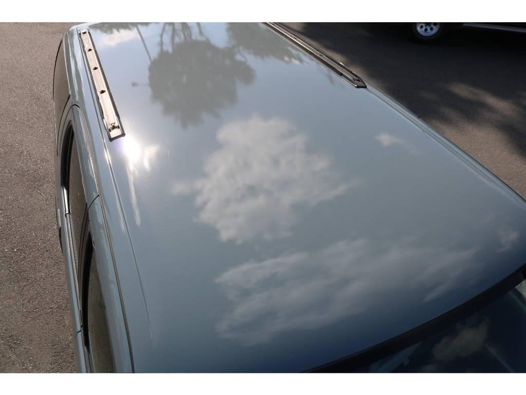 ルーフに凹み等も無く、キレイな状態です! | トヨタ ハイラックスサーフ 2.7 SSR-X Vセレクション 4WD