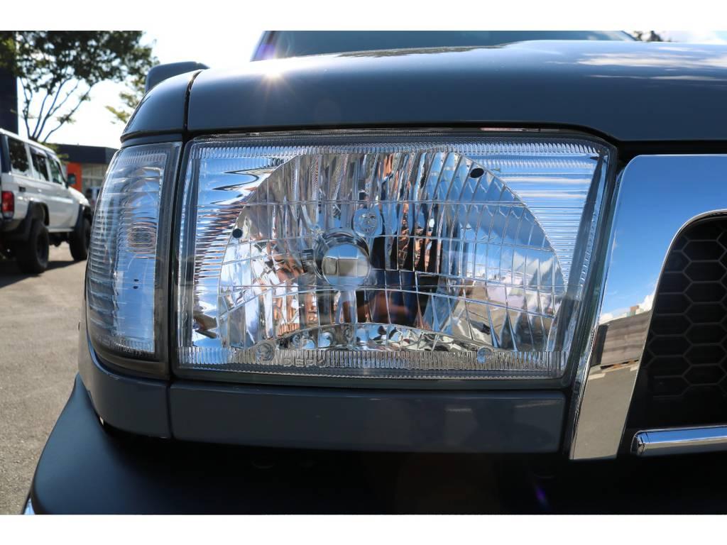 新品でクリスタルヘッドランプを装着! | トヨタ ハイラックスサーフ 2.7 SSR-X Vセレクション 4WD