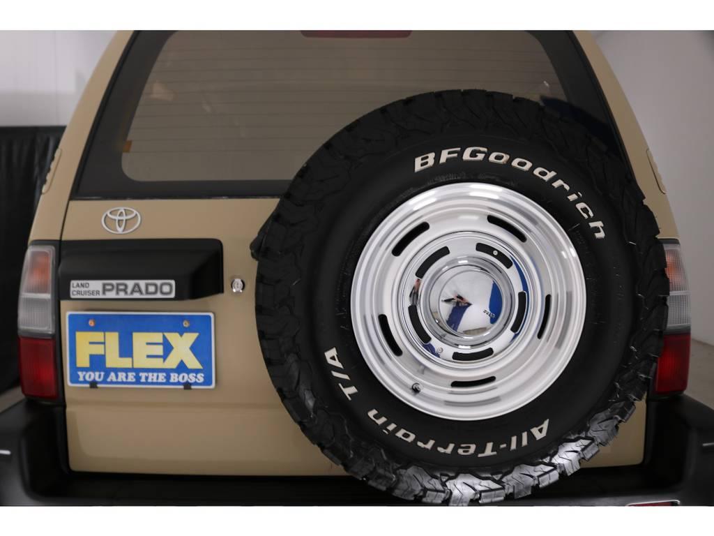 背面タイヤ&ホイールも、セットで新品交換済み!!