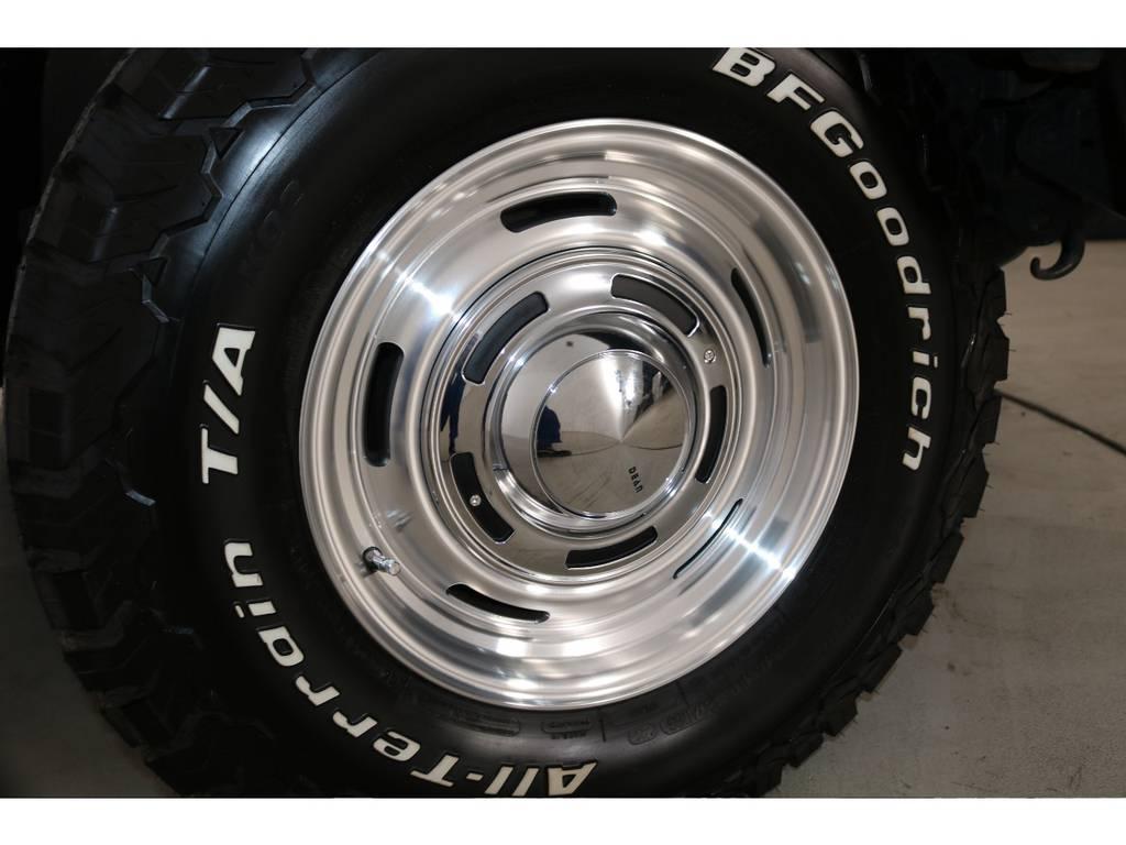 クラシックなイメージが人気の、DEANクロスカントリー16インチAWに、BFグッドリッチ235ATタイヤの組合せ!