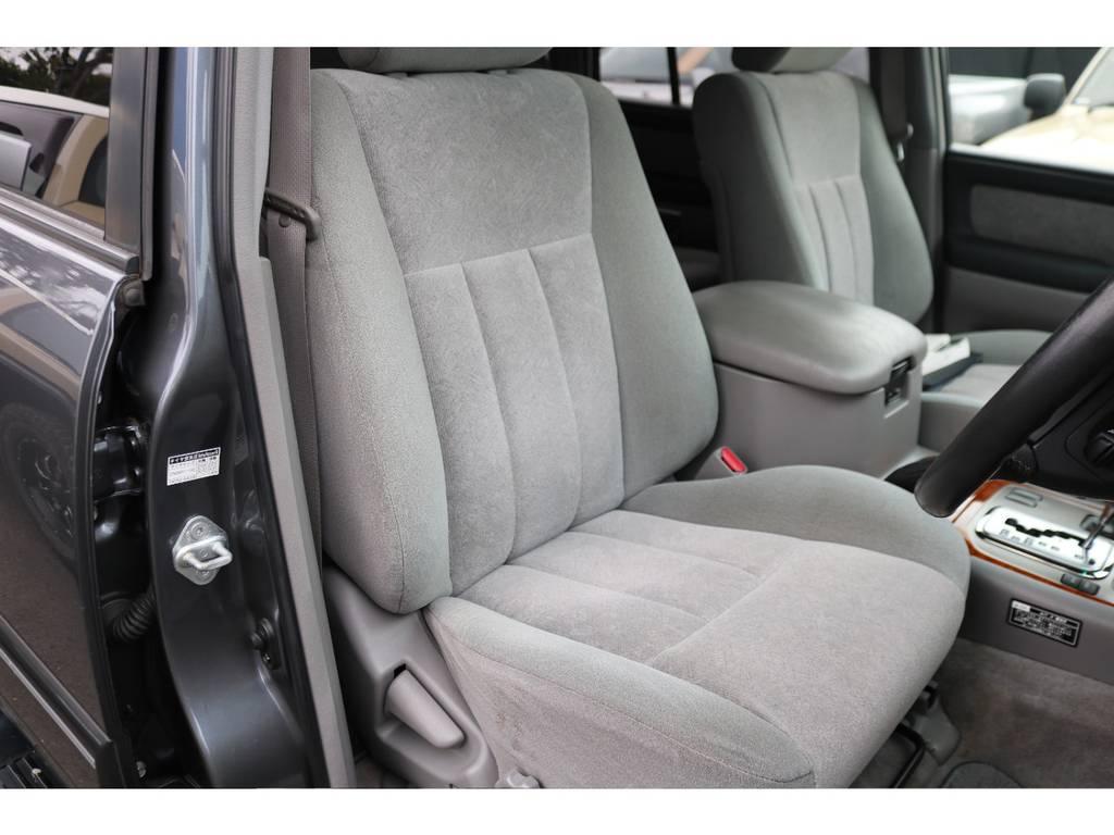 きれいな状態維持した運転席!高級SUVの乗り味を体感してください!