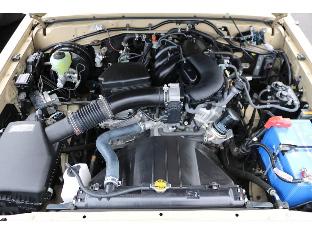 4000ccの1GRエンジン!エンジンルーム内も非常に綺麗です!
