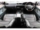 後期最終型のグレー内装の車内!最終型になるとABSとダブルエアバックが標準装備になります!