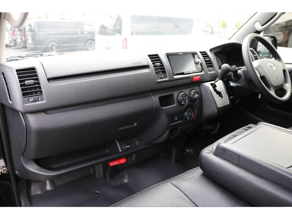 お好みのインテリアメイクも承ります! | トヨタ ハイエースバン 2.0 DX ロング GLパッケージ S-GL 2ndシート