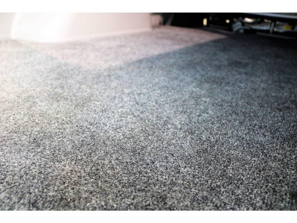 天張りと同じく床もとてもキレイです! | トヨタ レジアスエース 2.0 スーパーGL ロングボディ 2型
