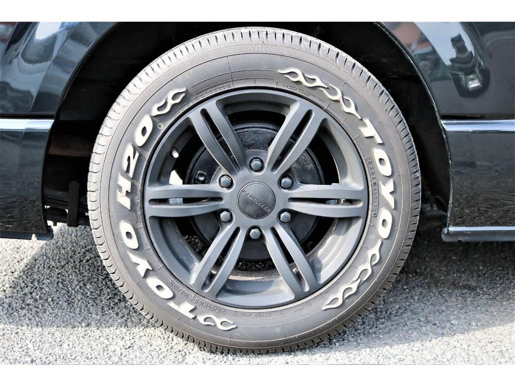 完全車検対応TOYOタイヤ!ホワイトレターがオシャレ! | トヨタ レジアスエース 2.0 スーパーGL ロングボディ 2型