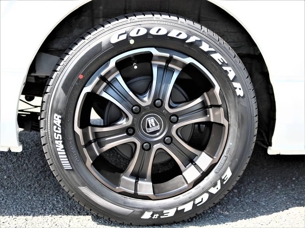 足元には新品のFLEXオリジナルカラーのバルベロワイルドディープス&ナスカータイヤをインストールしました!