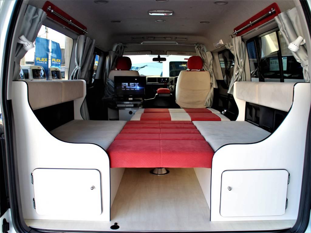 セカンドシートをフルフラットにすればベッドキットとしてもご使用頂けます! | トヨタ ハイエース 2.7 GL ロング ミドルルーフ