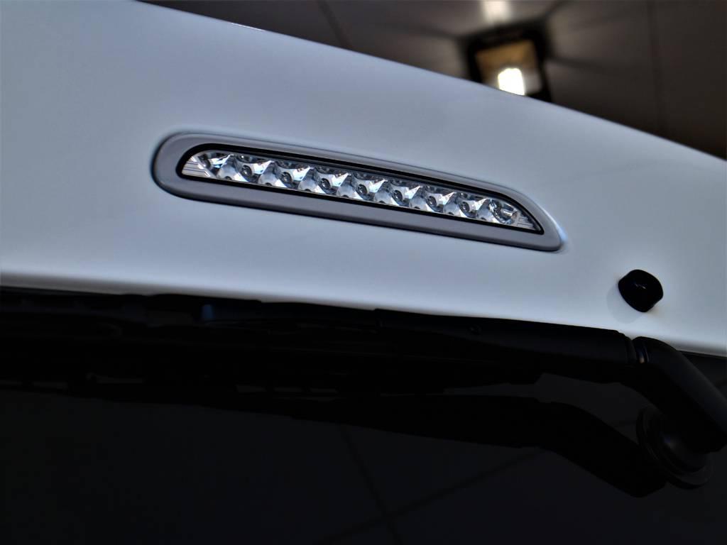 クリアLEDハイマウントストップランプ! | トヨタ ハイエース 2.7 GL ロング ミドルルーフ