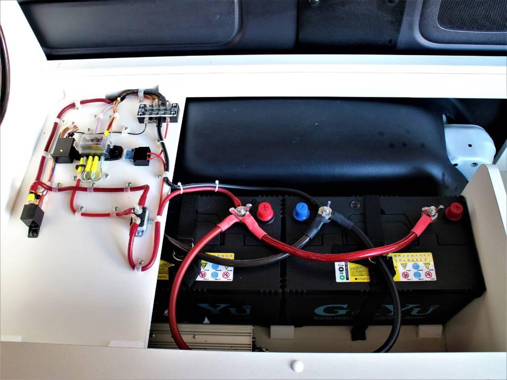 走行充電システム塔載サブバッテリー! | トヨタ ハイエース 2.7 GL ロング ミドルルーフ