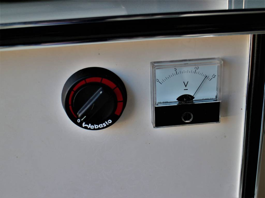 FFヒーター! | トヨタ ハイエース 2.7 GL ロング ミドルルーフ