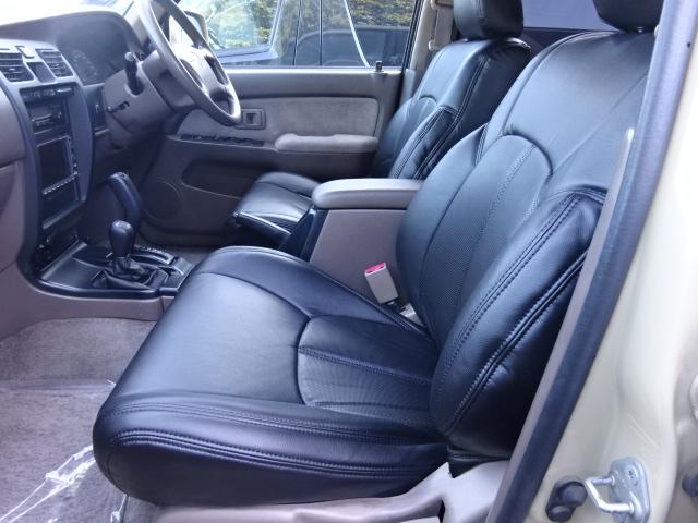 【新品】ブラックシートカバーをインストールしました。気持ち良くお乗りになって頂けます。 | トヨタ ハイラックスサーフ 2.7 SSR-X 4WD ベージュNEWペイント 2インチリフUP