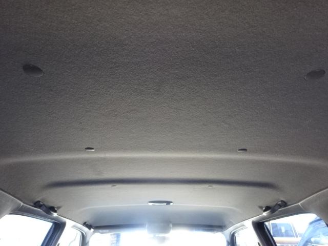 天張りも御覧の通り綺麗に保たれております。 | トヨタ ハイラックスサーフ 2.7 SSR-X 4WD ベージュNEWペイント 2インチリフUP