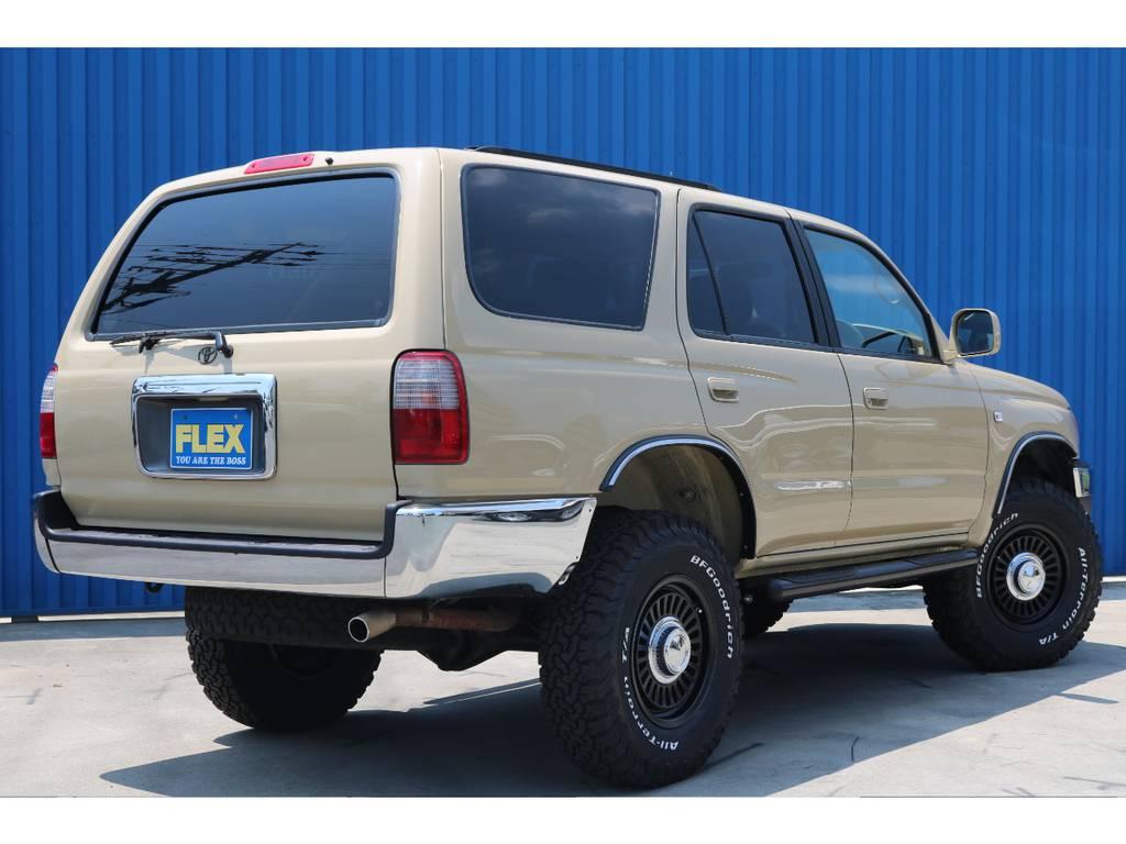 大き過ぎない丁度いいサイズ感なので取り回しがし易いです。 | トヨタ ハイラックスサーフ 2.7 SSR-X 4WD ベージュNEWペイント 2インチリフUP