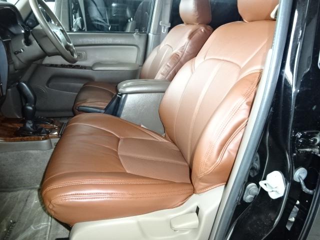 こんかカッコいいサーフでドライブをしている姿を想像して下さい。たまりません。 | トヨタ ハイラックスサーフ 2.7 SSR-X プレミアムセレクション 4WD ブラックオールP 2インチリフトUP