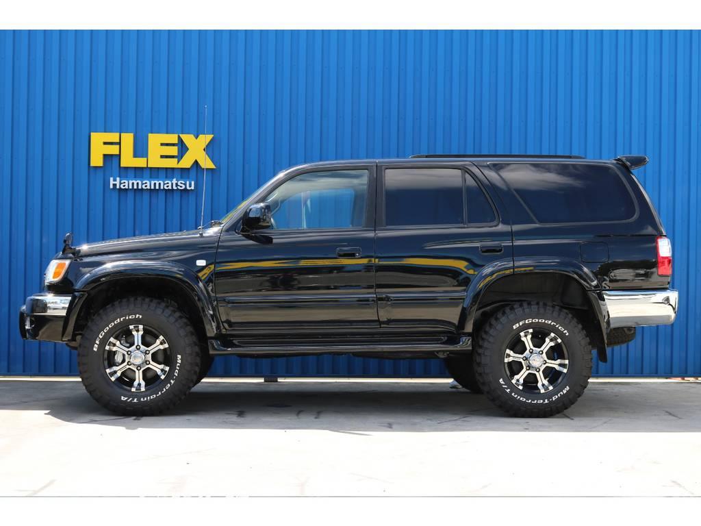 ブラックボディにMKWアルミが映えますね! | トヨタ ハイラックスサーフ 2.7 SSR-X プレミアムセレクション 4WD ブラックオールP 2インチリフトUP